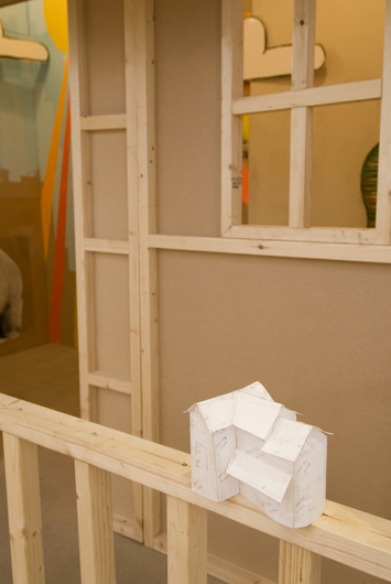 big state (as house, exterior detail with paper model), 2008, mixed media, 300 x 400 x 400 cm